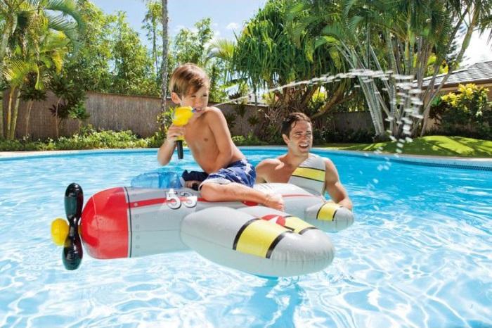 Avion gonflable chevauchable avec pistolet à eau intégré pour piscineIntex
