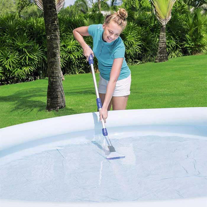 Aspirateur électrique pour piscine et spa Bestway Aquascan
