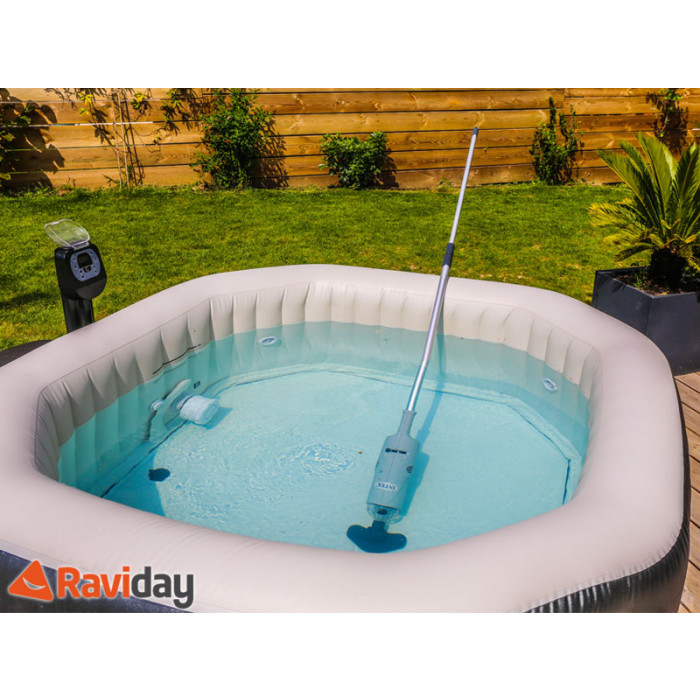 Aspirateur pour piscine et spa intex batterie raviday for Aspirateur automatique piscine