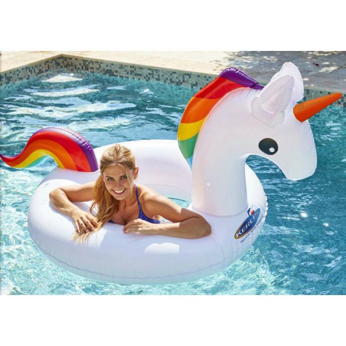 licorne gonflable de piscine kerlis. Black Bedroom Furniture Sets. Home Design Ideas