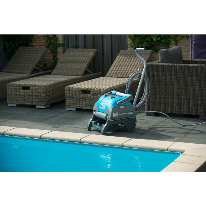 robot nettoyeur fond parois et ligne d 39 eau de piscine. Black Bedroom Furniture Sets. Home Design Ideas