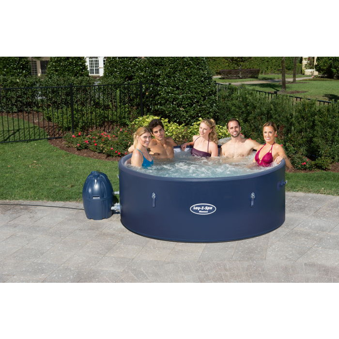Spa gonflable bestway monaco 6 8 places for Spa avec piscine paris