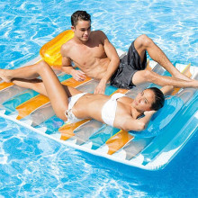 Matelas gonflable de piscine double Intex Lounge