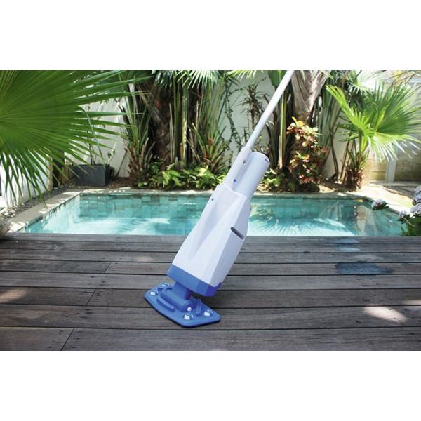 Balai aspirateur batterie pour piscine et spa gonflable for Balai piscine intex