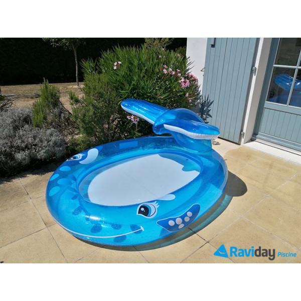 Piscinette pataugeoire balaine bleue intex avec fontaine jet d'eau vue devant
