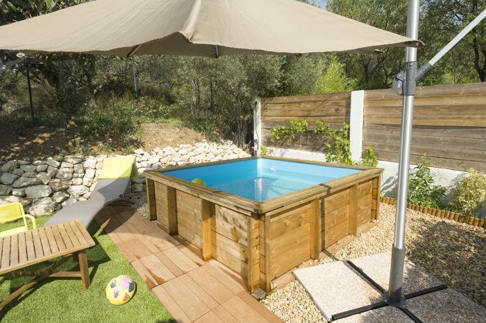 piscine pistoche piscinette hors sol en bois pour. Black Bedroom Furniture Sets. Home Design Ideas