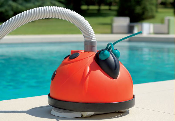 Robot de piscine Hayward MAGIC CLEAN coccinelle