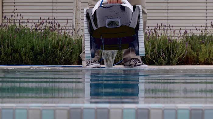 Robot de piscine Maytronics DOLPHIN Poolstyle plus