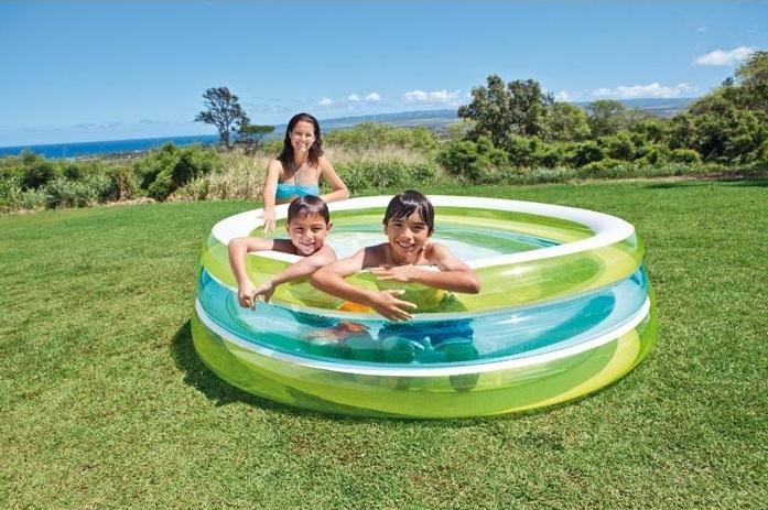 Image ambiance piscine pour enfants