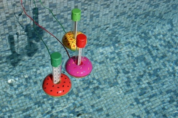 Catégorie thermomètre de piscine ambiance kerlis couleurs